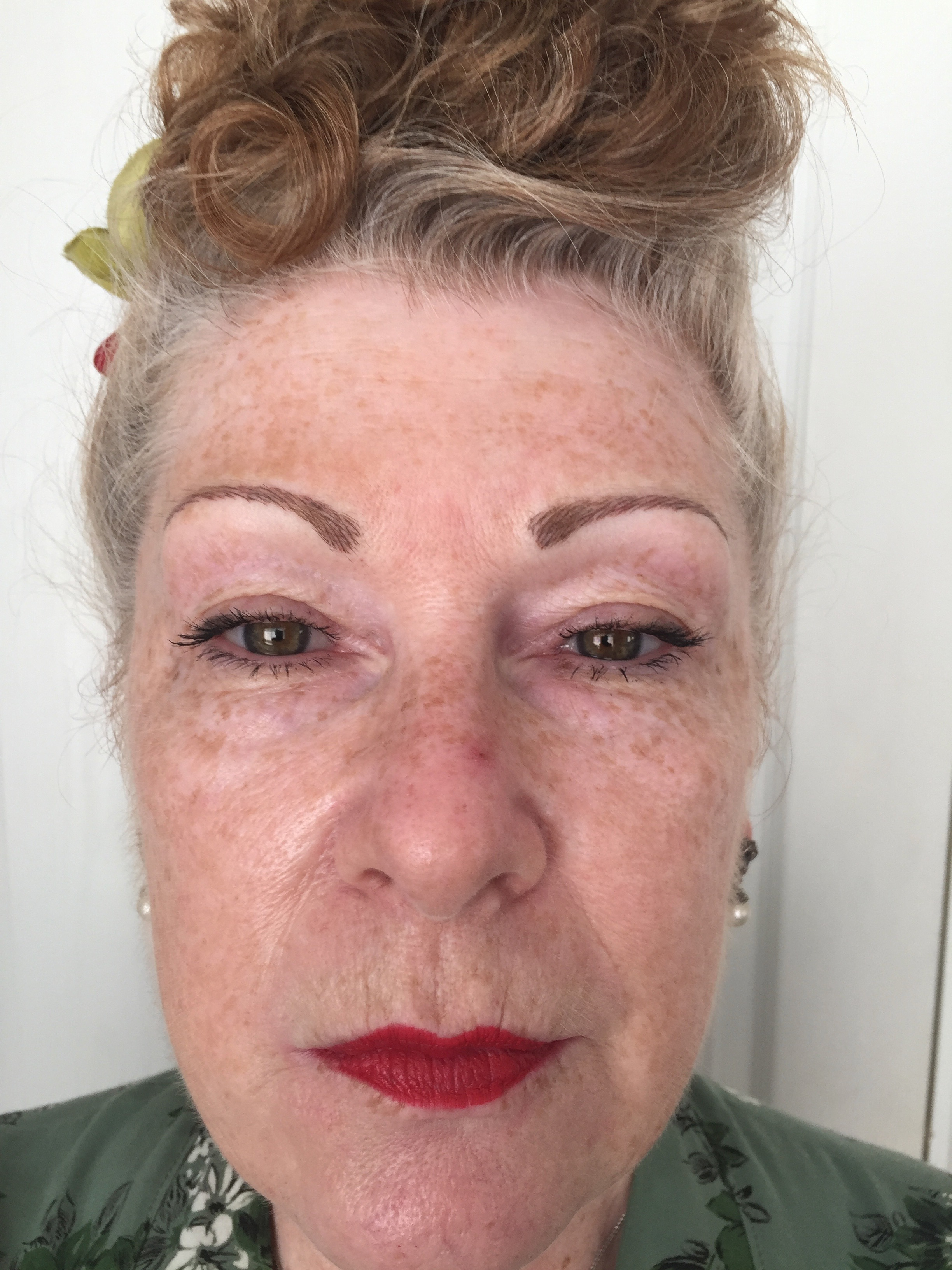 super_natural_hairsimulation_brows_after